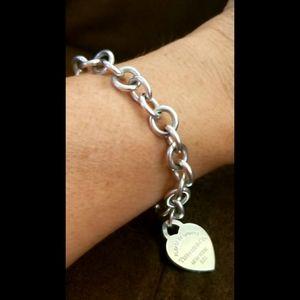 Tiffany & Co. Jewelry - Tiffany Co Classic Heart Charm Bracelet 925 Silver